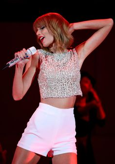 Taylor Swift Photos - We Can Survive 2014 - Zimbio