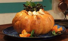 Receita de camarão na moranga feita pelo chef Olivier Anquier.