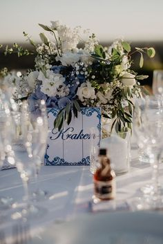 Algarve, Real Weddings, Table Decorations, Photography, Furniture, Home Decor, Photograph, Decoration Home, Room Decor