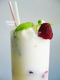 Malibu -zrób sama Ilość: 2 pełne butelki 0,7 l każda S… na Stylowi.pl Milkshake, Panna Cotta, Cocktails, Pudding, Cooking, Ethnic Recipes, Poland, American, Beauty