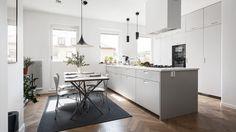Ljusgrått kök
