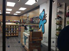Barks & Whiskers // s Pet Boutique, Pet Store, Your Best Friend, Toronto, Company Logo, Canada, Cats, Design, Gatos