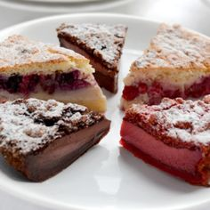 Magic Cake – Part II – Chocolate, Red Velvet, Fruit - See more at: http://www.kitchennostalgia.com/desserts/cakes/magic-cake-part-ii-chocolate-red-velvet-fruit.html#sthash.cCVcrH38.dpuf
