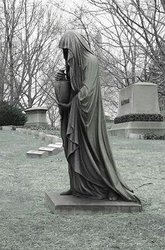 Mortuary art in Lakeview Cemetery, Cleveland, Ohio. Photo by Brian B.
