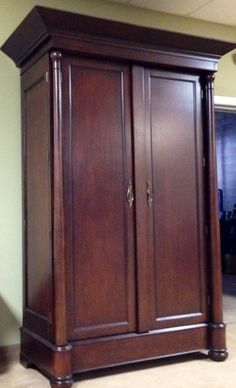 Lexington Furniture Tommy Bahama Armoire Entertainment $1975