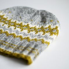 Ravelry: Winter´s Fern pattern by Trin Annelie Fair Isle Knitting, Hand Knitting, Knitting Patterns, Crochet Patterns, Hat Patterns, Knit Or Crochet, Crochet Hats, How To Purl Knit, Knitting Accessories