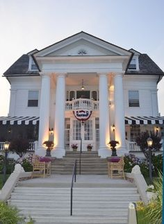 Peter Shield's Inn Cape May ~ One of our favorite restaurants in Cape May. Visited June 2012