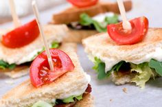Like the blt idea Not your average Finger Foods! Different bite sized party food. BLT's, Taco's, Pizza, etc Finger Food Appetizers, Appetizers For Party, Finger Foods, Appetizer Recipes, Cold Appetizers, Bite Size Snacks, Bite Size Food, Mini Blt, Catering