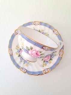 Vintage Windsor English Fine Bone China Teacup by MariasFarmhouse