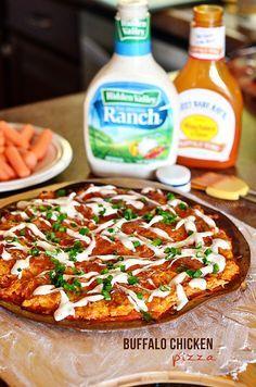 Buffalo Chicken Pizza at http://TidyMom.net
