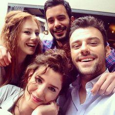 Turkish Men, Turkish Actors, Turkish Coffee, Beautiful Celebrities, Beautiful Actresses, Red Hair Woman, Elcin Sangu, Cute Couple Videos, Film Music Books