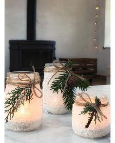 Simple Christmas, White Christmas, Christmas Time, Christmas Crafts, Christmas Decorations, Holiday, Christmas Mason Jars, Christmas Gingerbread, Christmas Inspiration