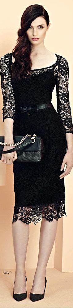 Elisabetta Franchi ● SS 2014 - Gorgeous lace dress!