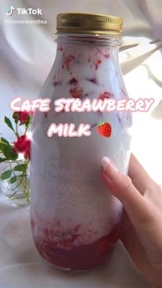 Fruit Smoothie Recipes, Smoothie Drinks, Healthy Smoothies, Healthy Drinks, Starbucks Recipes, Coffee Recipes, Fun Baking Recipes, Cooking Recipes, Yummy Drinks