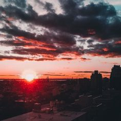 Fresh listings and views from TFC apartments: Sunset over Brooklyn as seen from 33 Bond  #rent33bond #ThisIsLIVING