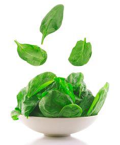 Iron-rich Foods - ChooseVeg.com espinacs o col rissada amb: llet soja, plàtan i fruita congelada