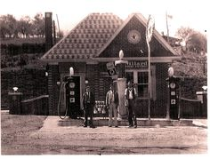 Gas station in old Meadowview