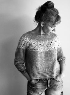 Ravelry: Project Gallery for Zweig pattern by Caitlin Hunter // Larisa Kolomiiets Knitting Charts, Sweater Knitting Patterns, Knitting Stitches, Knitting Designs, Hand Knitting, Ravelry, Student Fashion, Knitwear Fashion, Hand Dyed Yarn