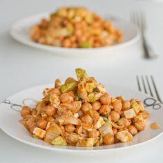 Chickpea Salad with Artichokes and Pesto