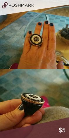 Shiny bling ring! Black white & silver stones. Old Navy hard plastic bling ring. Has one flaw in white stones as shown in pic 3. Hardly noticed. Fun to wear. Not sure of size but small closer to a size 5. BUNDLE ONLY PLEASE Old Navy Jewelry Rings