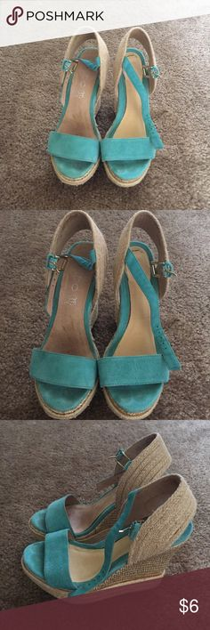 ALDO wedges Not in the best condition (look at pics) Shoes Wedges