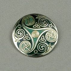 Celtic Jewelry :: Pin U0026 Brooches :: Enameled Triskelle Brooch