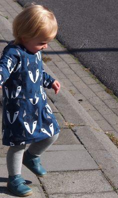 Gratis naaipatroon Fons & Sien. Shirt, jurkje. Free sewing pattern Fons & Sien. Shirt, dress.