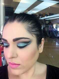 Cut Crease Aquatic Trend