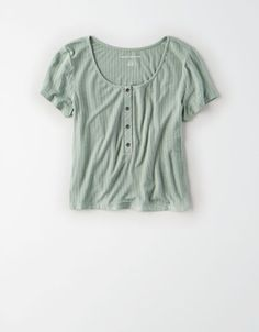Shop Cropped Shirts for Women at American Eagle to find your new favorite crop tops. Browse cropped t-shirts and tops in new styles, colors, and designs today only from AE! Summer Outfits, Cute Outfits, Summer Clothes, Fancy Clothes, School Outfits, Crochet Tank Tops, American Eagle Shirts, Summer Shirts, Summer Tops