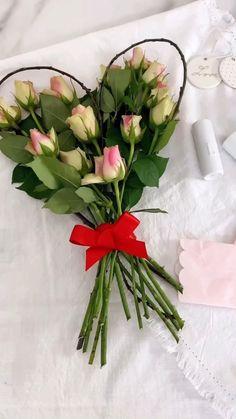 Diy Tapis, Diy Cadeau, Be My Valentine, Fresh Flowers, Plant Hanger, Diy Gifts, Christmas Holidays, Floral, Decoration