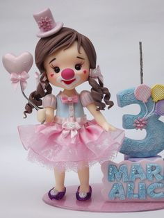 1 million+ Stunning Free Images to Use Anywhere Circus Theme Party, Circus Birthday, Butterfly Cakes, Fondant Decorations, Polymer Clay Miniatures, Fondant Figures, Pasta Flexible, Clay Dolls, Foam Crafts