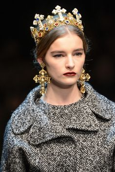 Dolce & Gabbana Fall 2013 Ready-to-Wear Accessories Photos - Vogue