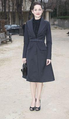 Marion Cotillard Gets Arty in Latest Modernist Lady Dior Campaign | Grazia Fashion