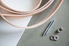 DIY hylde med læderstropper materiale