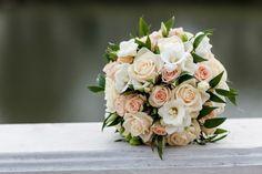 ♥♥♥  Tendências de flores de casamento para 2017 Está em busca de como decorar seu casamento? Venha conferir estas tendências de flores de casamento para 2017 e apaixone-se! http://www.casareumbarato.com.br/flores-de-casamento-para-2017/