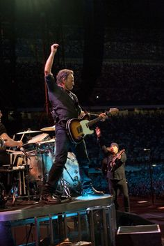 Bruce Springsteen Photos from the marathon in Milan