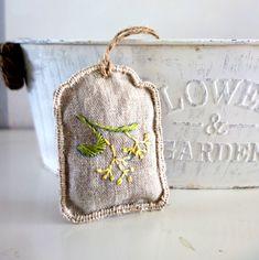 Vonná dekorace Lipový květ / Zboží prodejce AndreaD.   Fler.cz Coin Purse, Purses, Wallet, Handbags, Purse, Bags, Diy Wallet, Coin Purses