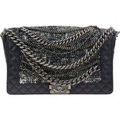 db991be61d0793 Pre-owned Chanel Black Calfskin Grey Tweed Boy Enchained Flap Bag (205,820  INR)