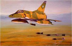 Mirage VP Mara (ex FAP peruano) de la Fuerza Aérea Argentina, de maniobras en la Patagonia, lanza 4 bombas de fabricación española EXPAL BRP frenadas por paracaidas, años despues de terminada la guerra de las Malvinas. La ayuda peruana a la Argentina fue evidente durante las Malvinas, ademas de los Mirage V, radares entre otras armas, se les entrego misiles Exocet AM-39, aparte que hubo pilotos militares peruanos que estuvieron ahí... Hubo la historia de como trasladaron los Exocet y otras…
