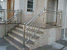 Steel Grill Design, Steel Railing Design, Modern Stair Railing, Iron Stair Railing, Staircase Railings, Balcony Grill Design, Balcony Railing Design, Window Grill Design, Stainless Steel Stair Railing
