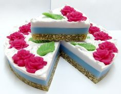 Bayoooootiful! Rose and jasmine soap cake, sls free and packednwith oats to soften your skin x