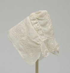 Indoor bonnet or bonnet lined of very fine cotton, beautifully embroidered with Ayrshire embroidery. c. 1810