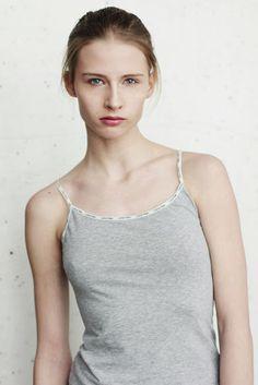 https://www.facebook.com/wioletta.kuprowska  Stylist: Wioletta Kuprowska: blogger & stylist Model: Ada / A S management Photographer: Angelika Rogozinska Photography MUA / hair: Famka Makeup Artist