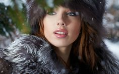 women winter snow eyes photography portrait
