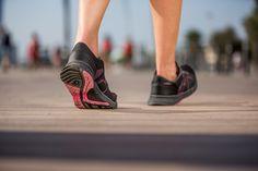 Quand vous pratiquez la marche sportive, le déroulé de votre pied est spécifique à ce sport.  Les Propulse Walk 100, légères, sont idéales pour vous accompagner lors de vos marches en plein air ! http://www.decathlon.fr/propulse-walk-100-id_8311571.html