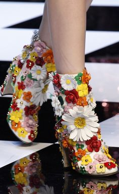 INSPIRATION & TAKE-AWAY: Dolce & Gabbana Fall 2016. The take-away is, a floral boot for FALL!