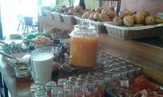 Frühstücksbuffet im Café con leche