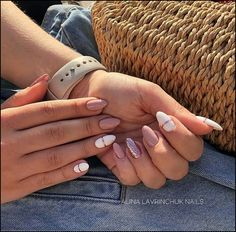 Spring Nails 130 cute spring nail art designs to spruce up your next mani page 31 in 2019 Cute Acrylic Nails, Cute Nails, Pretty Nails, Cute Spring Nails, Spring Nail Art, Hair And Nails, My Nails, American Nails, Bride Nails
