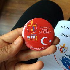 exchange anyone!?‼️☺️🌍❣👻#krakow2016 #wyd2016 #worldyouthday #sdm2016 #jmj2016 #sdm2016 #gmg2016