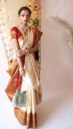 Indian Gowns Dresses, Indian Fashion Dresses, Indian Designer Outfits, Saree Fashion, Bengali Saree, Bollywood Saree, Indian Sarees, Saree Wearing Styles, Saree Styles